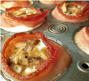 _Paleo Breakfast Ideas - Baked Eggs in Bacon Rings