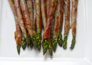 Paleo Breakfast Ideas - Prosciutto-Wrapped Asparagus