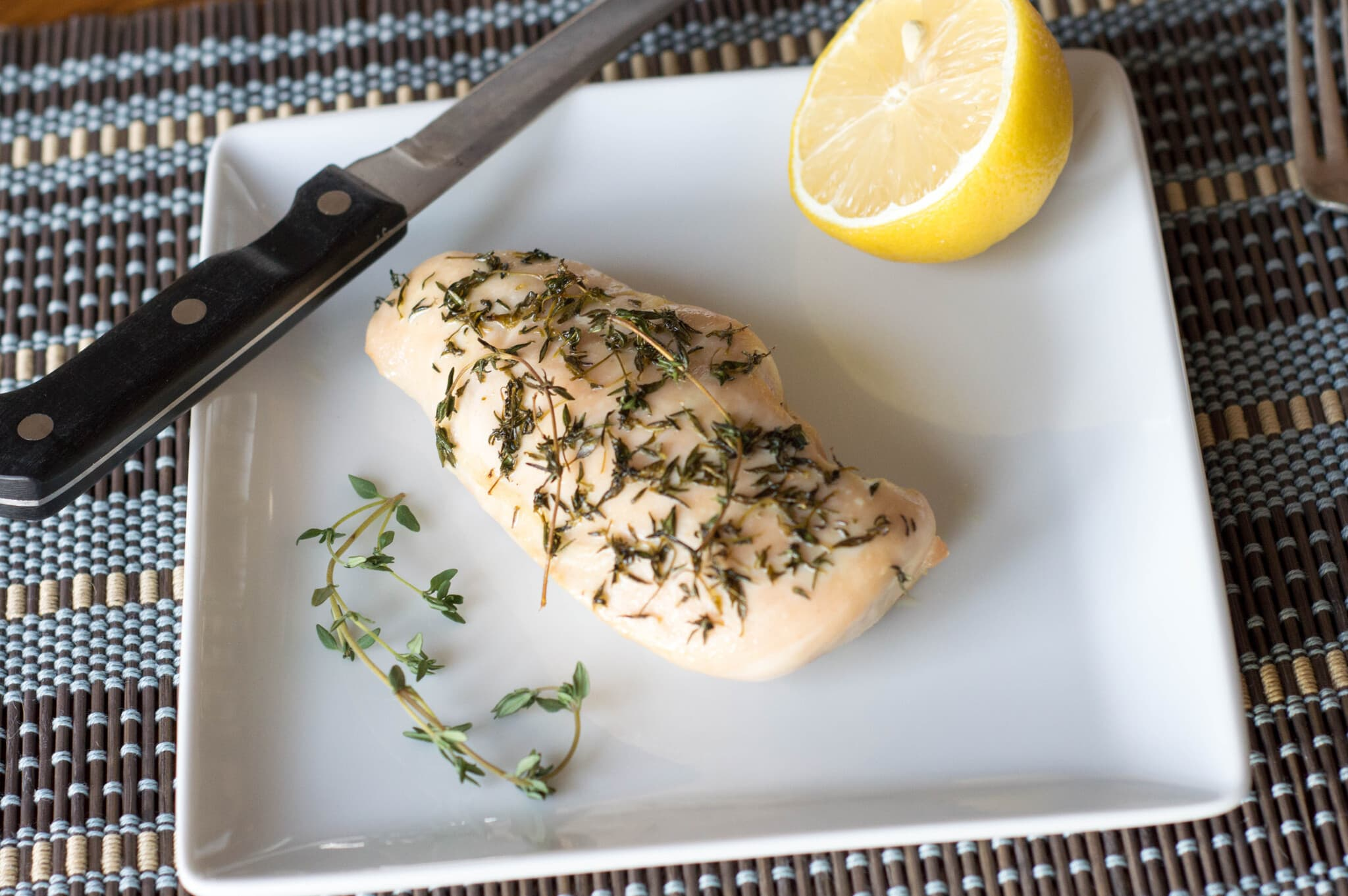 Lemon and Thyme Roasted Chicken Breast / Ultimate Paleo Guide