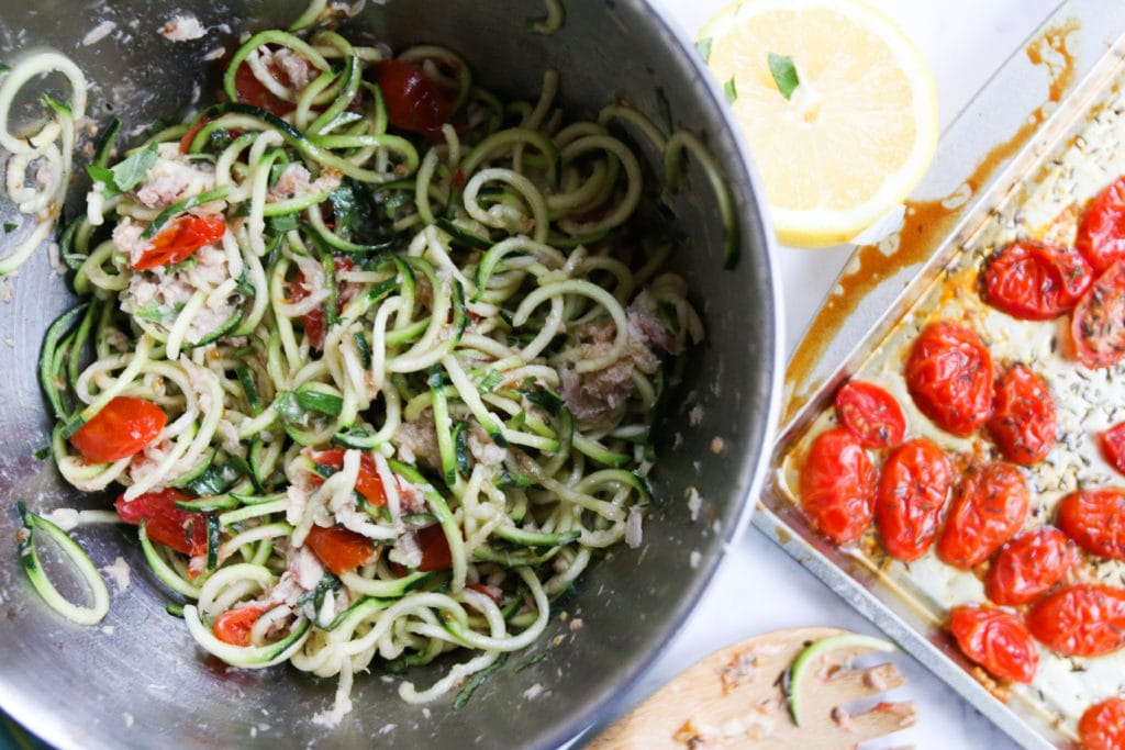 tuna-zoodles-roasted-tomatoes