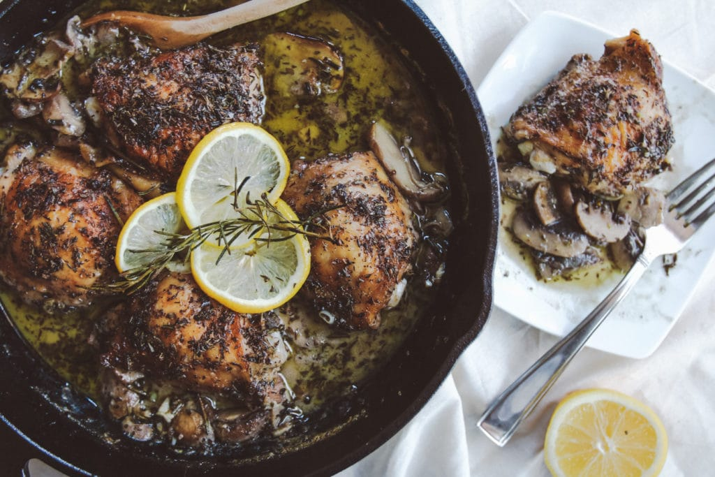 garlic herb mushroom chicken cast iron skillet