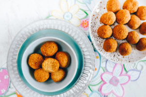 carrot-cake-bites-on-plate
